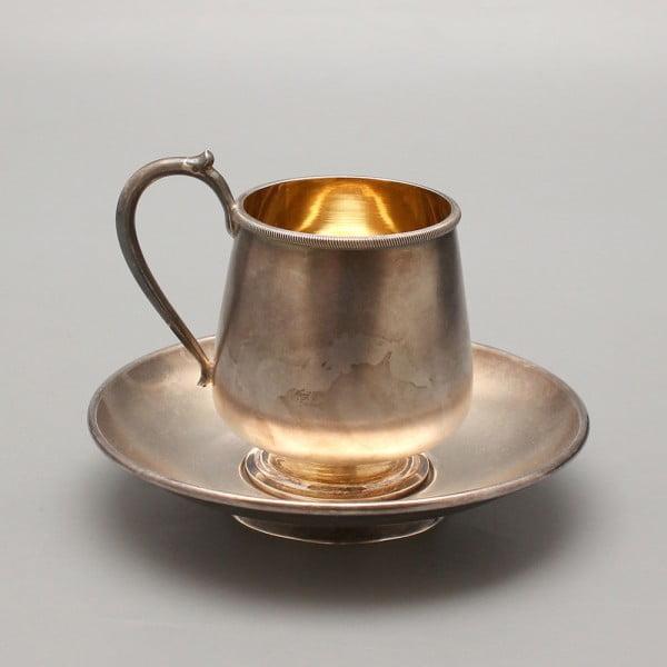 Серебряная чашка с блюдцем, 84 проба